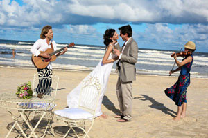 Byron Bay Beach Wedding with String Duo